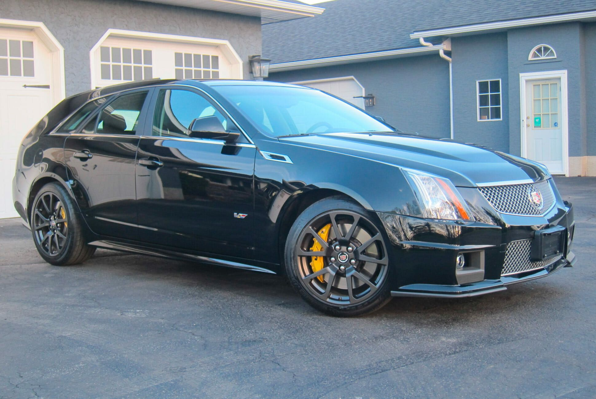Cadillac Cts Wagon For Sale >> Now S Your Chance To Grab One Of The Greatest Station Wagons