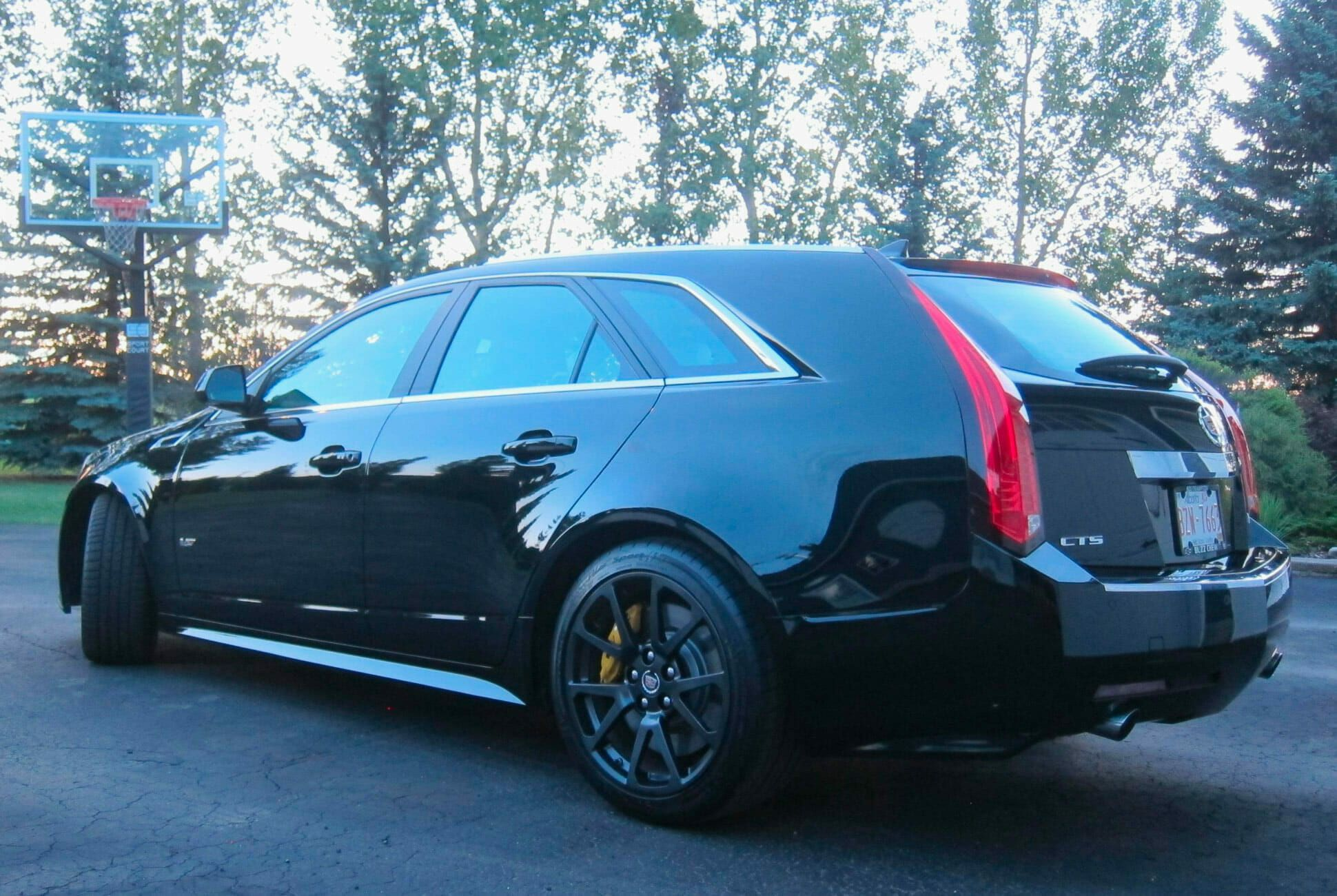 2011-Cadillac-CTS-V-Wagon-Manual-gear-patrol-slide-2