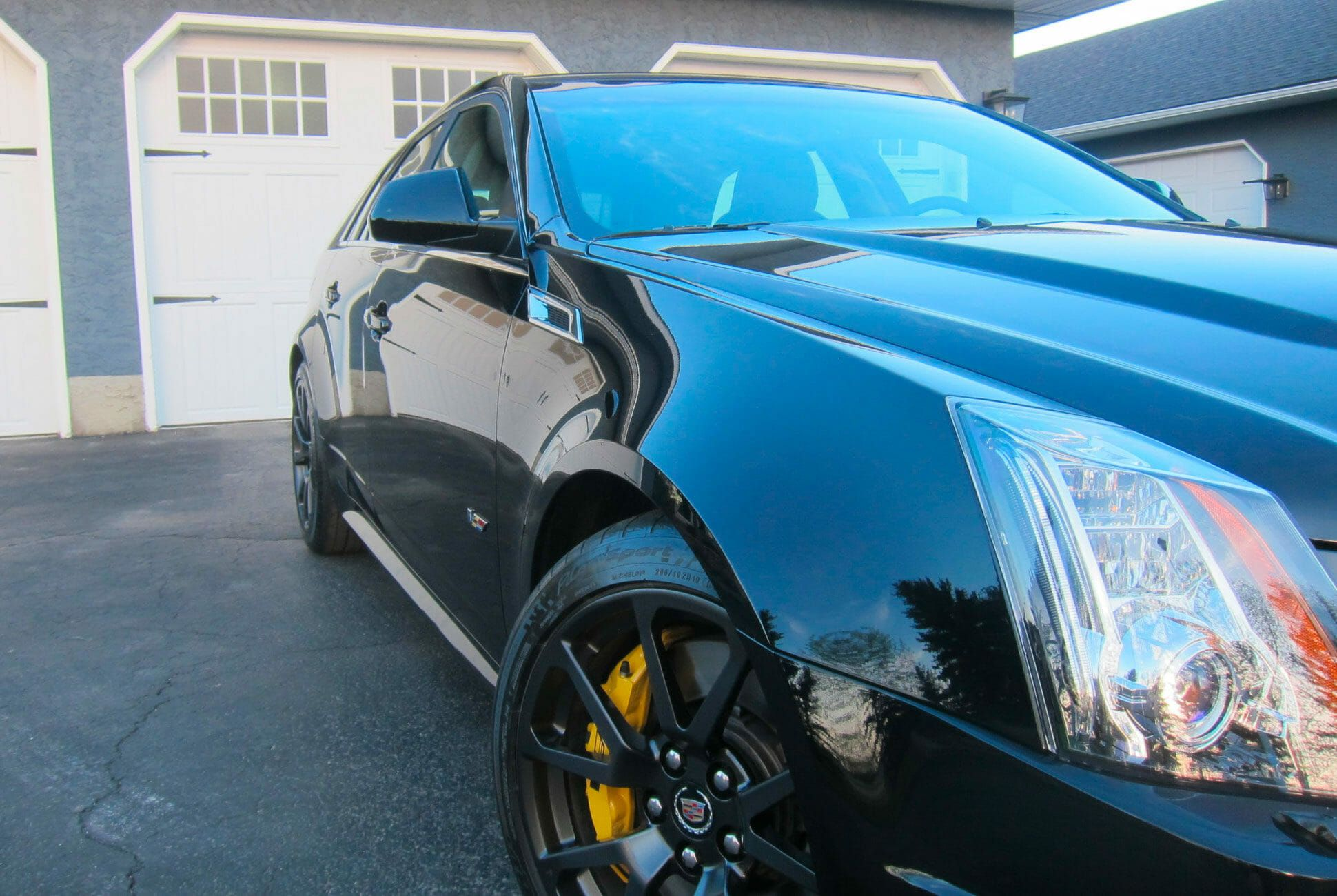 2011-Cadillac-CTS-V-Wagon-Manual-gear-patrol-slide-4
