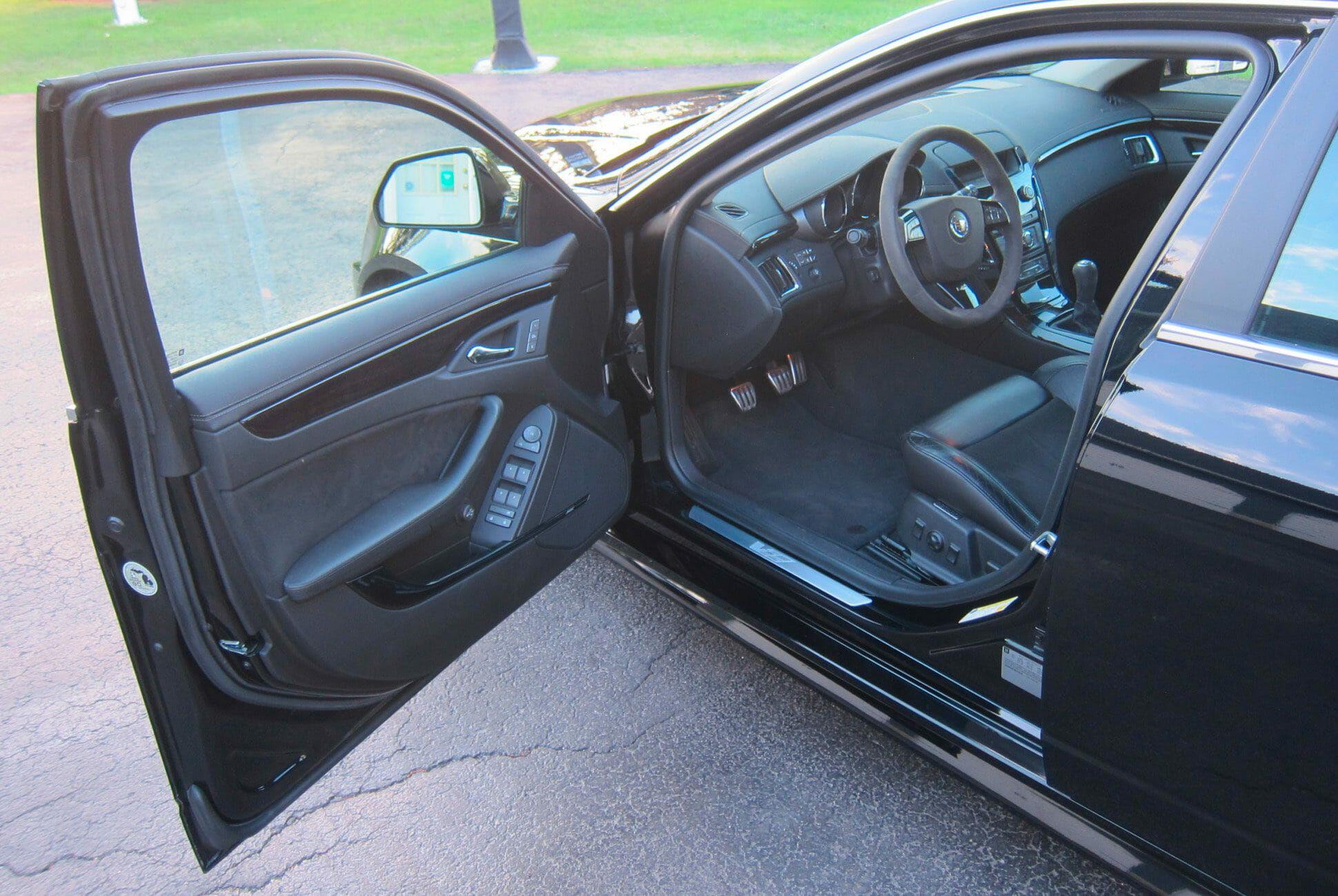 2011-Cadillac-CTS-V-Wagon-Manual-gear-patrol-slide-6