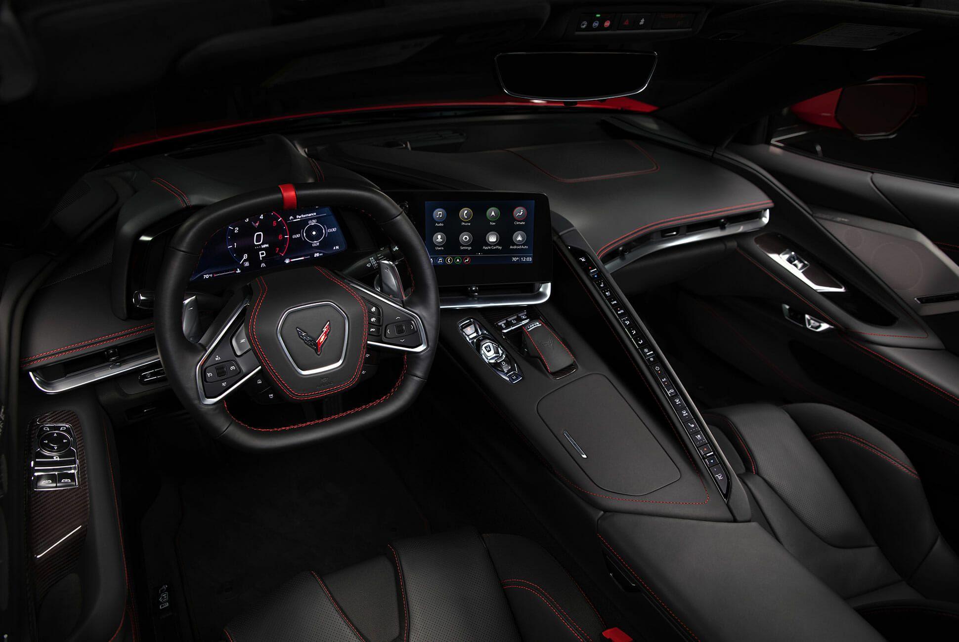 2020-Chevrolet-Corvette-Stingray-gear-patrol-slide-7
