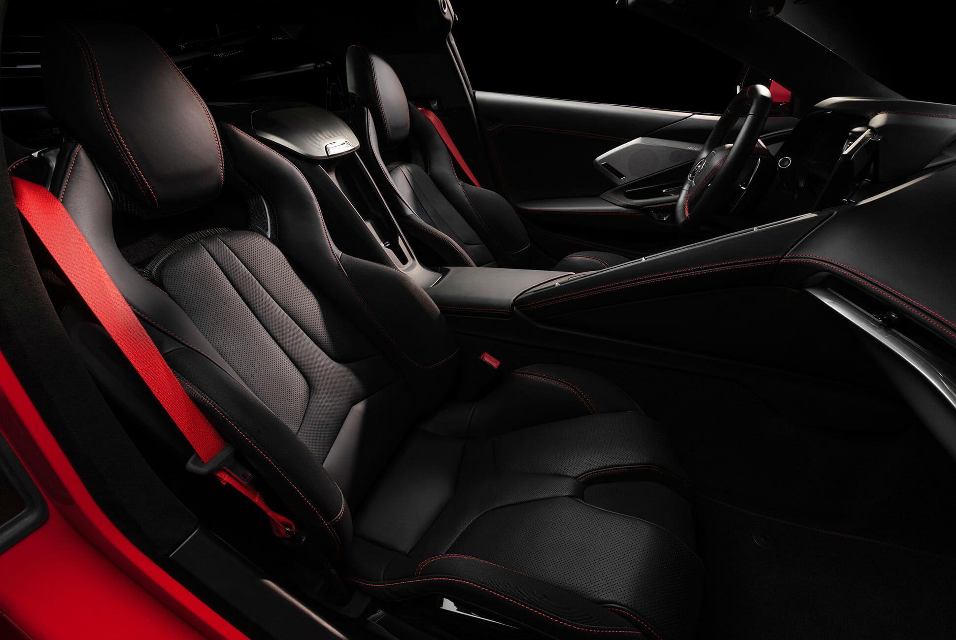 2020-Chevrolet-Corvette-Stingray-gear-patrol-slide-8