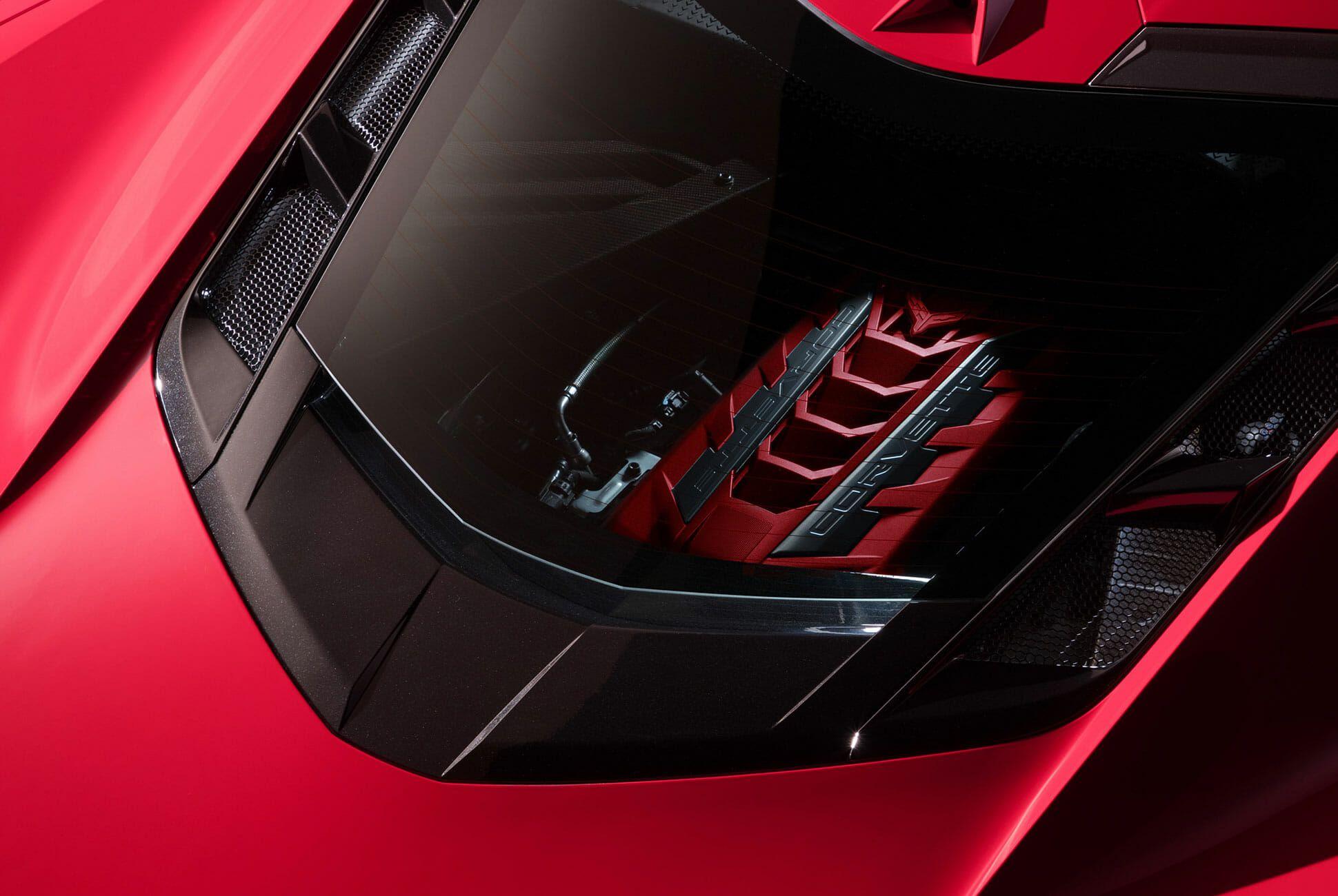 2020-Chevrolet-Corvette-Stingray-gear-patrol-slide-9