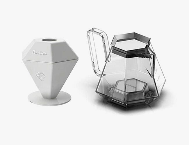 A Champion Barista Designed a Pour-Over Coffee Brewer for the Rest of Us