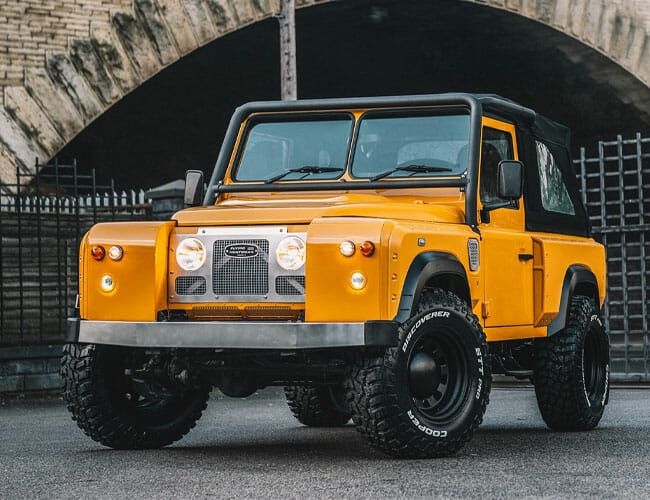 This Gorgeous Vintage Land Rover Is Not What It Seems