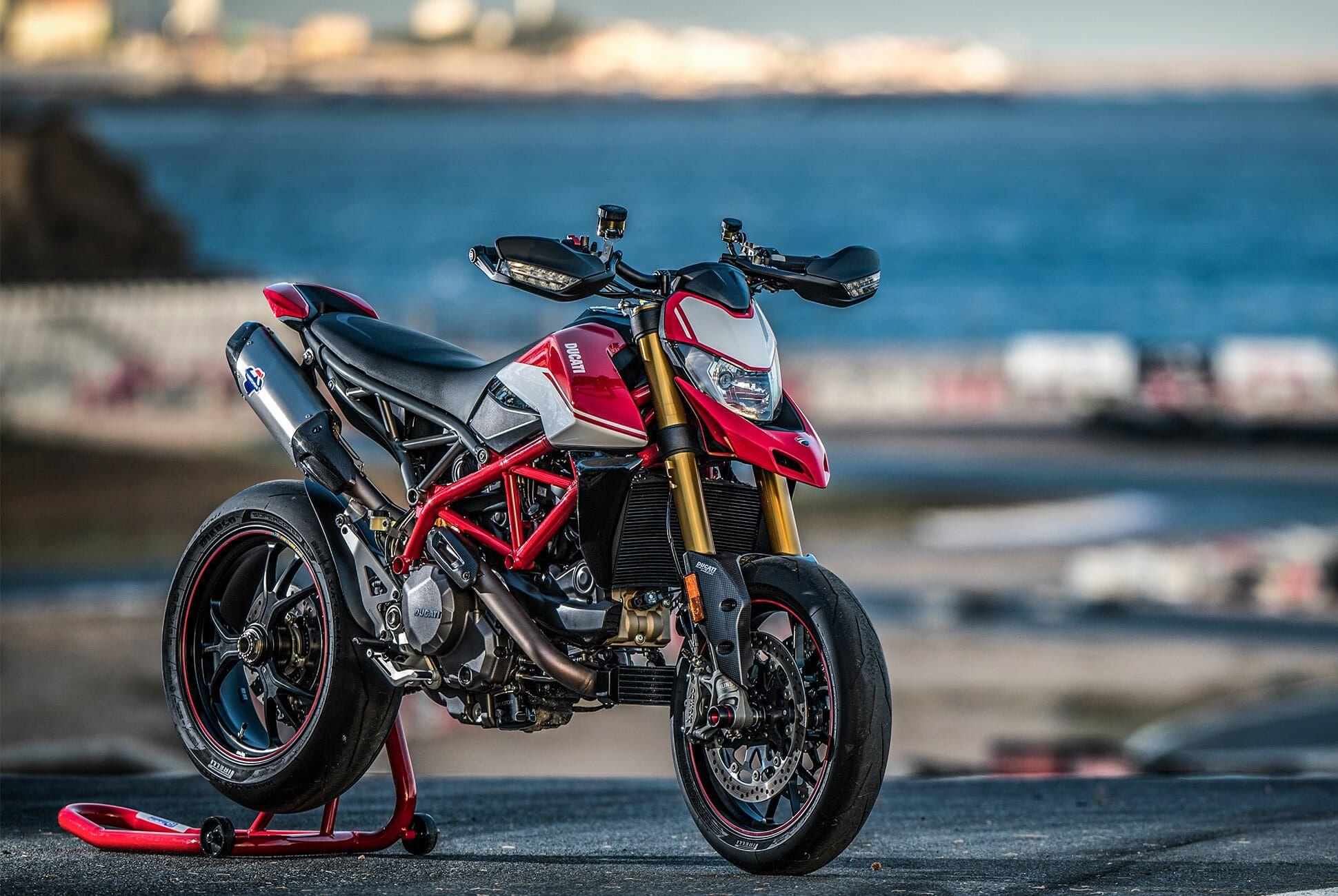Ducati-Hypermotard-950-SP-Review-gear-patrol-slide-1