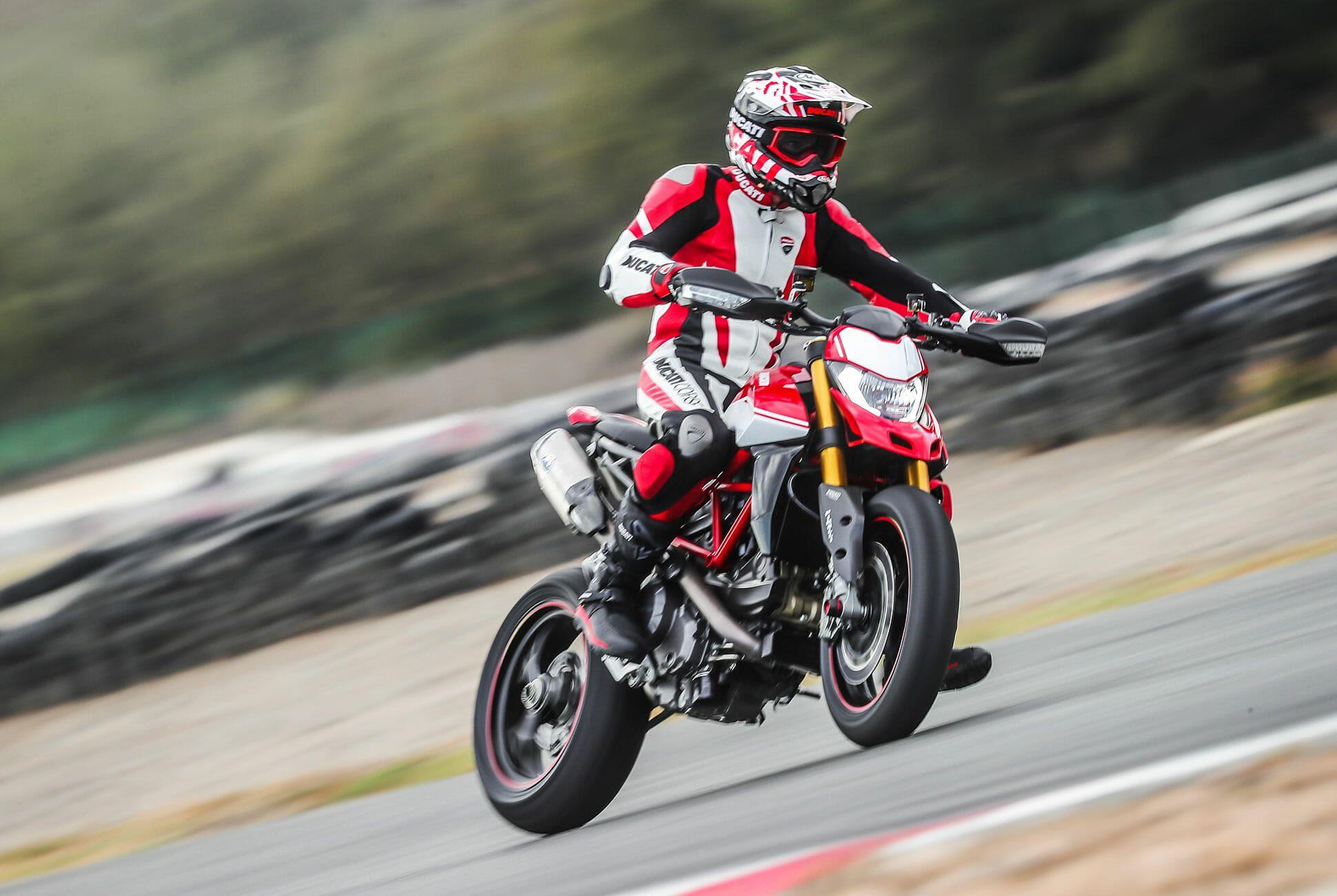 Ducati-Hypermotard-950-SP-Review-gear-patrol-slide-9