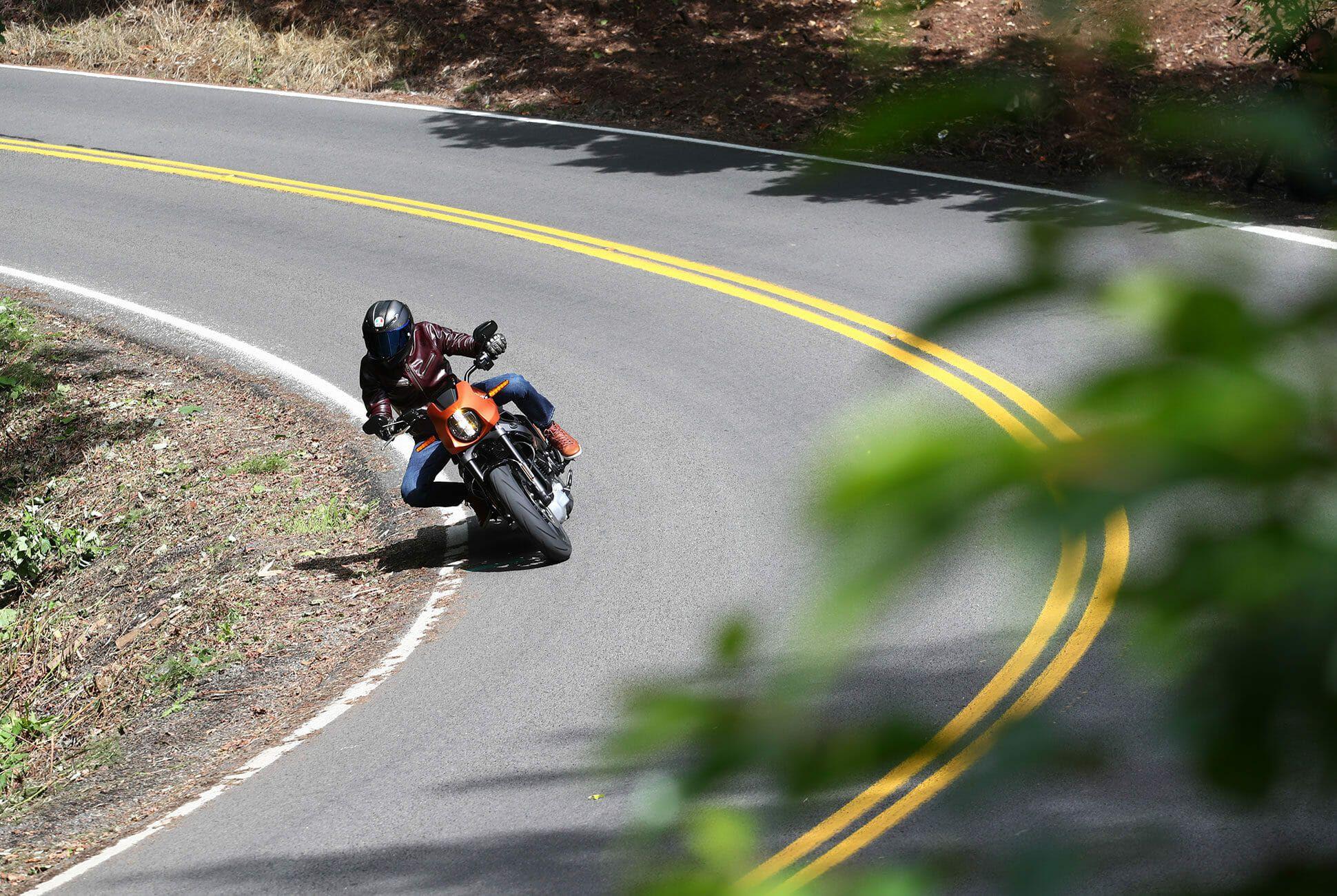 Harley-Davidson-LiveWire-Review-gear-patrol-slide-4