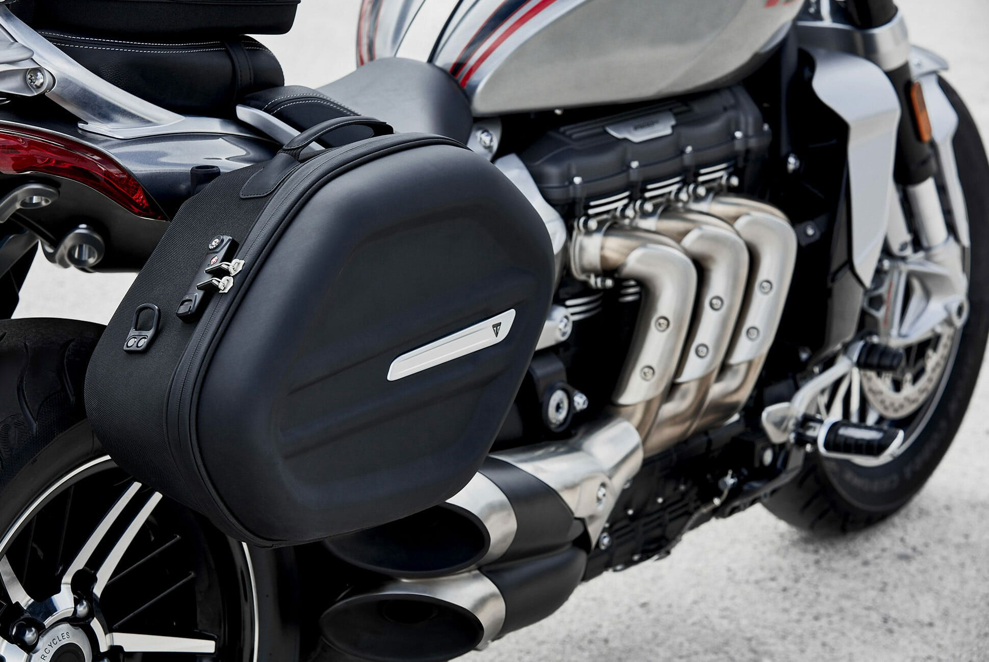 Triumph-Rocket-3-gear-patrol-slide-6