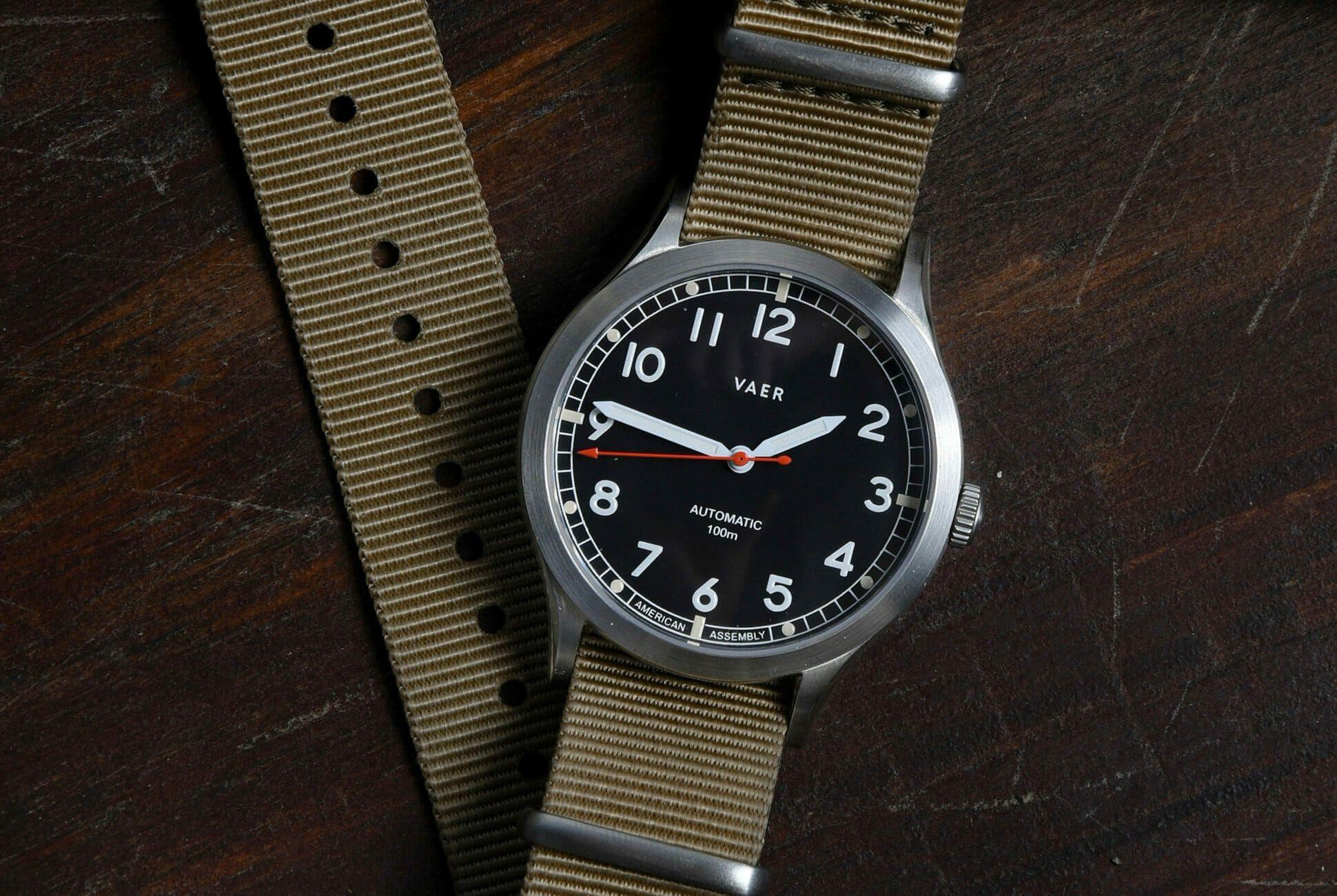 Vaer-Automatic-Field-Watches-gear-patrol-slide-1