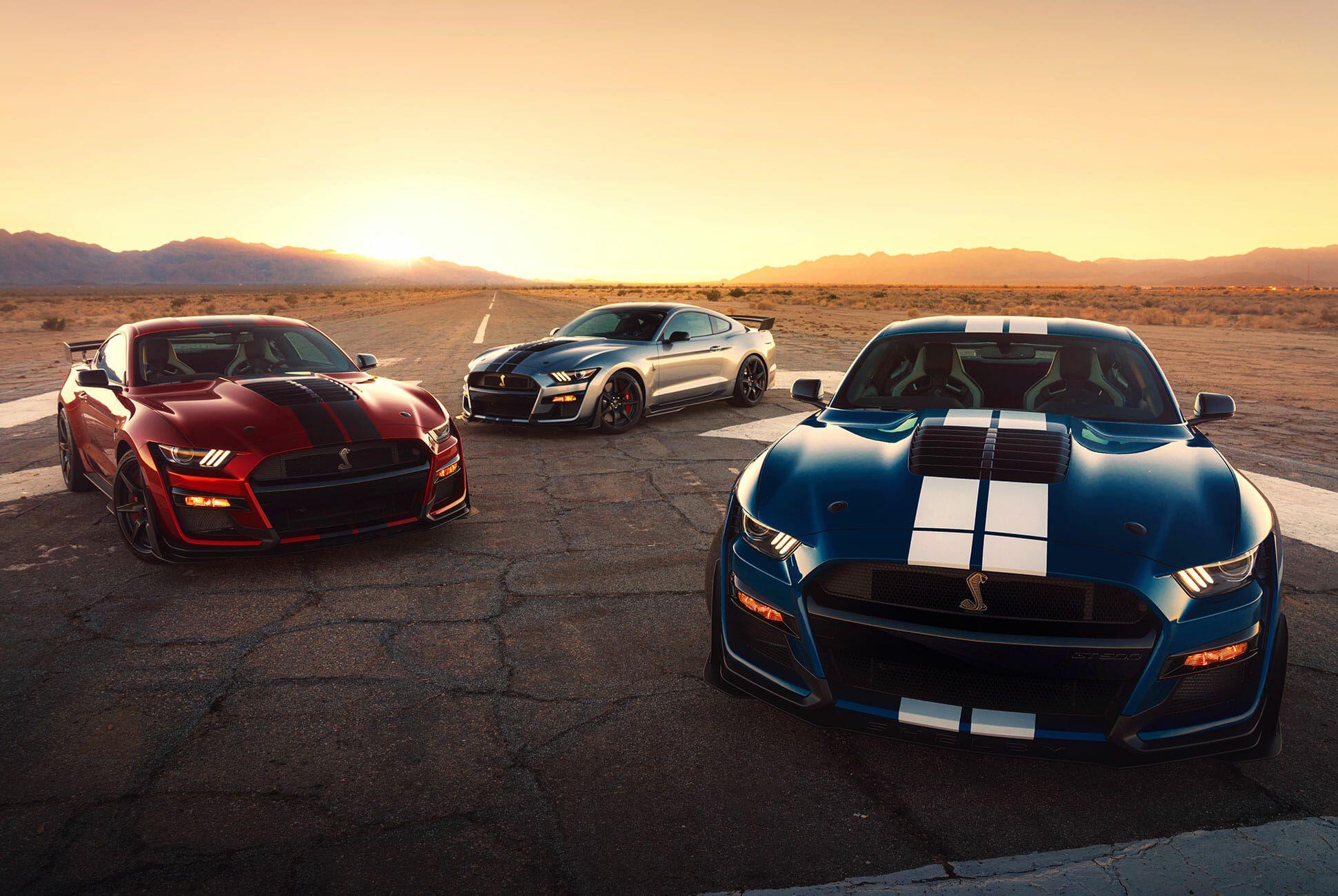 2020-Ford-Mustang-Shelby-GT500-gear-patrol-slide-1
