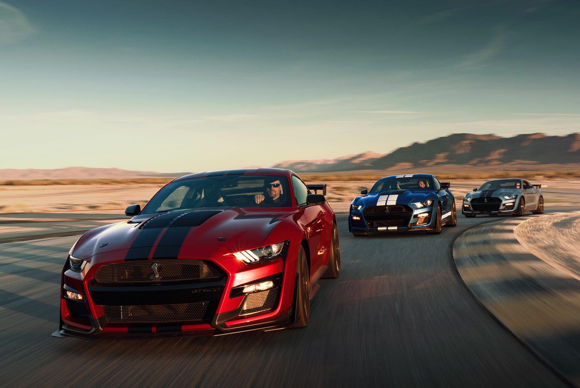 2020-Ford-Mustang-Shelby-GT500-gear-patrol-slide-2