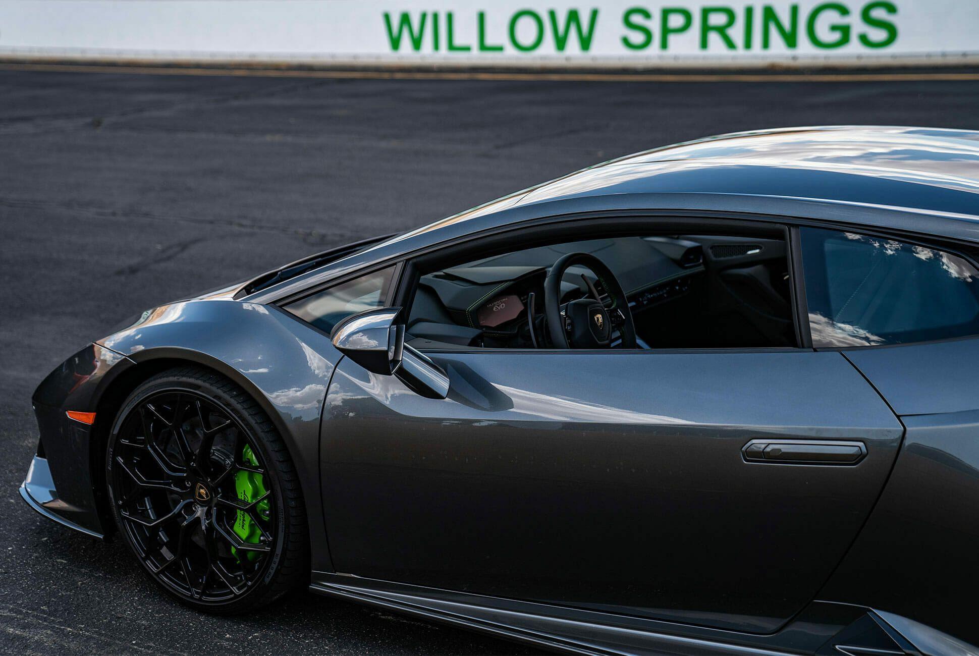 2020-Lamborghini-Huracan-EVO-Review-gear-patrol-slide-3