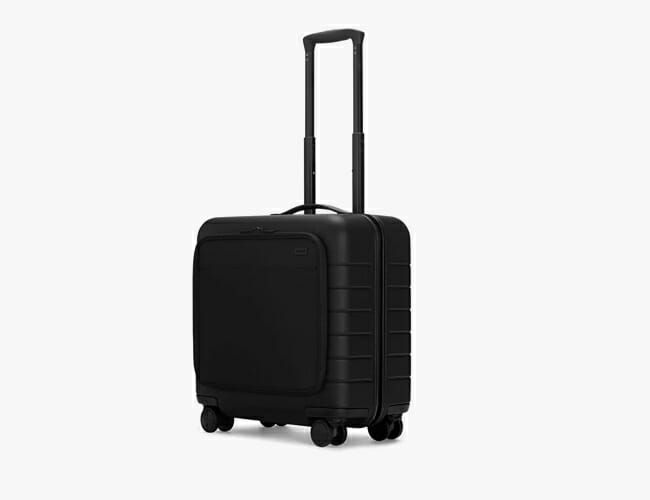 Business Travelers Will Love This Compact Suitcase