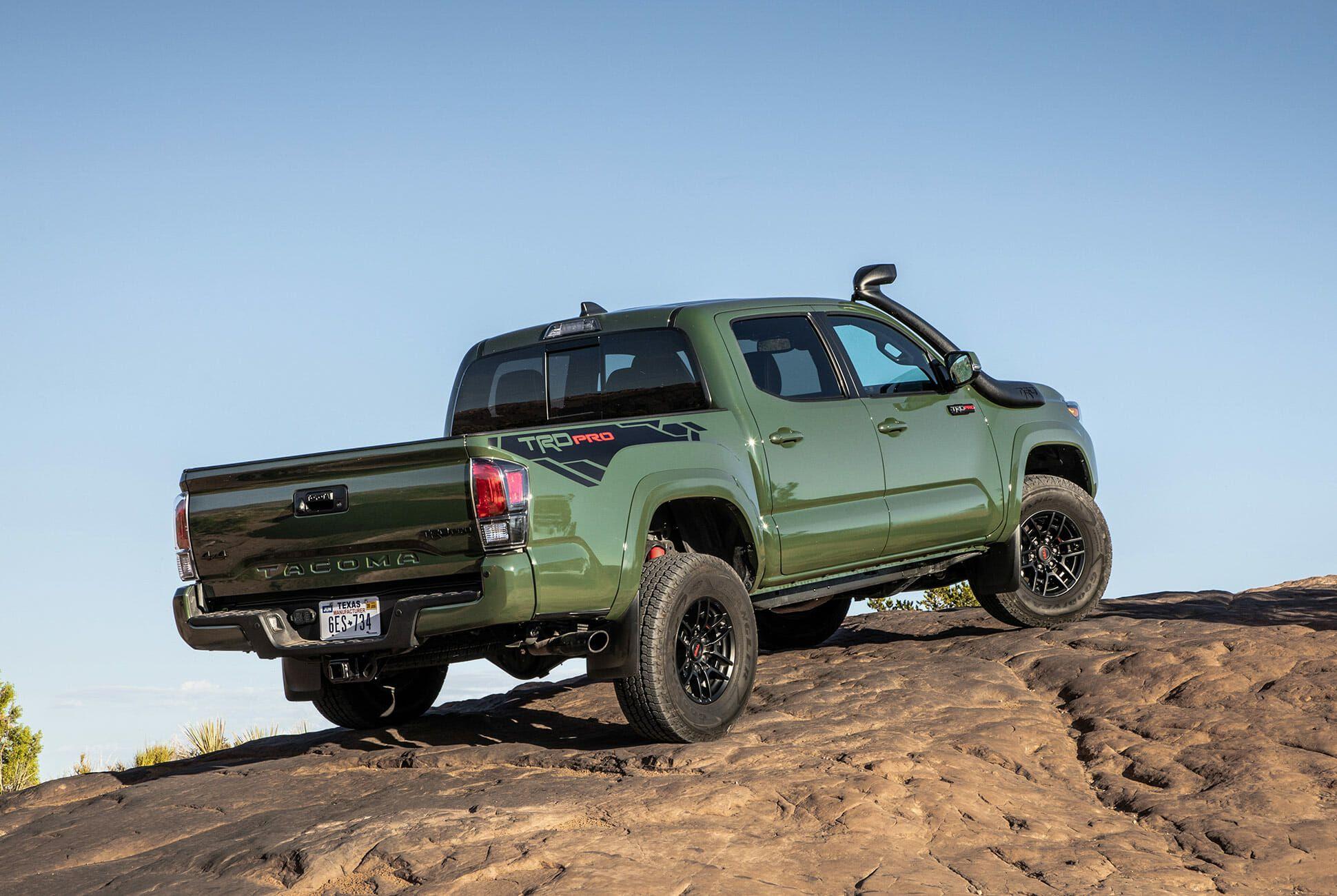 Toyota-4Runner-Tacoma-TRD-Pro-2020-gear-patrol-slide-10