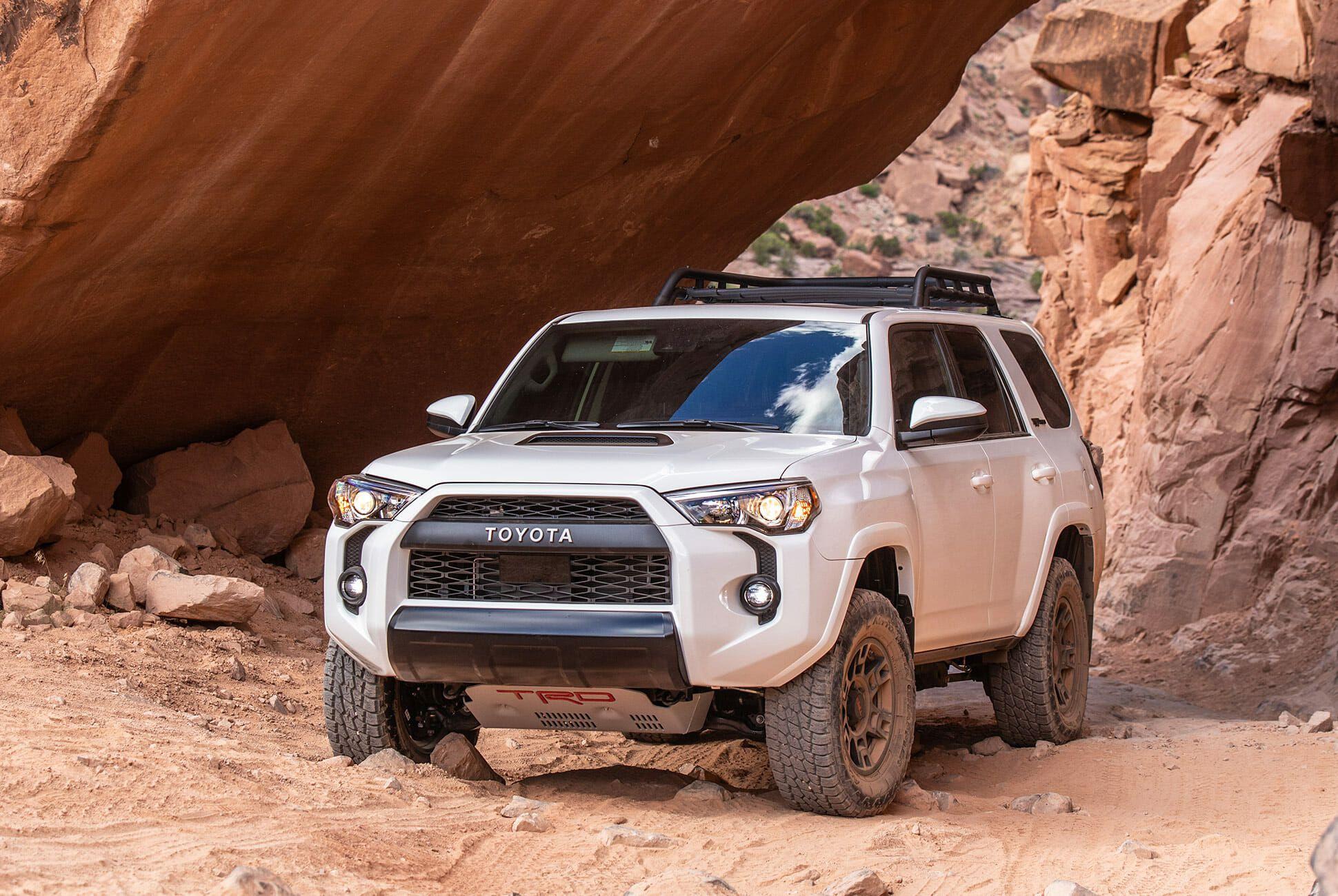 Toyota-4Runner-Tacoma-TRD-Pro-2020-gear-patrol-slide-3