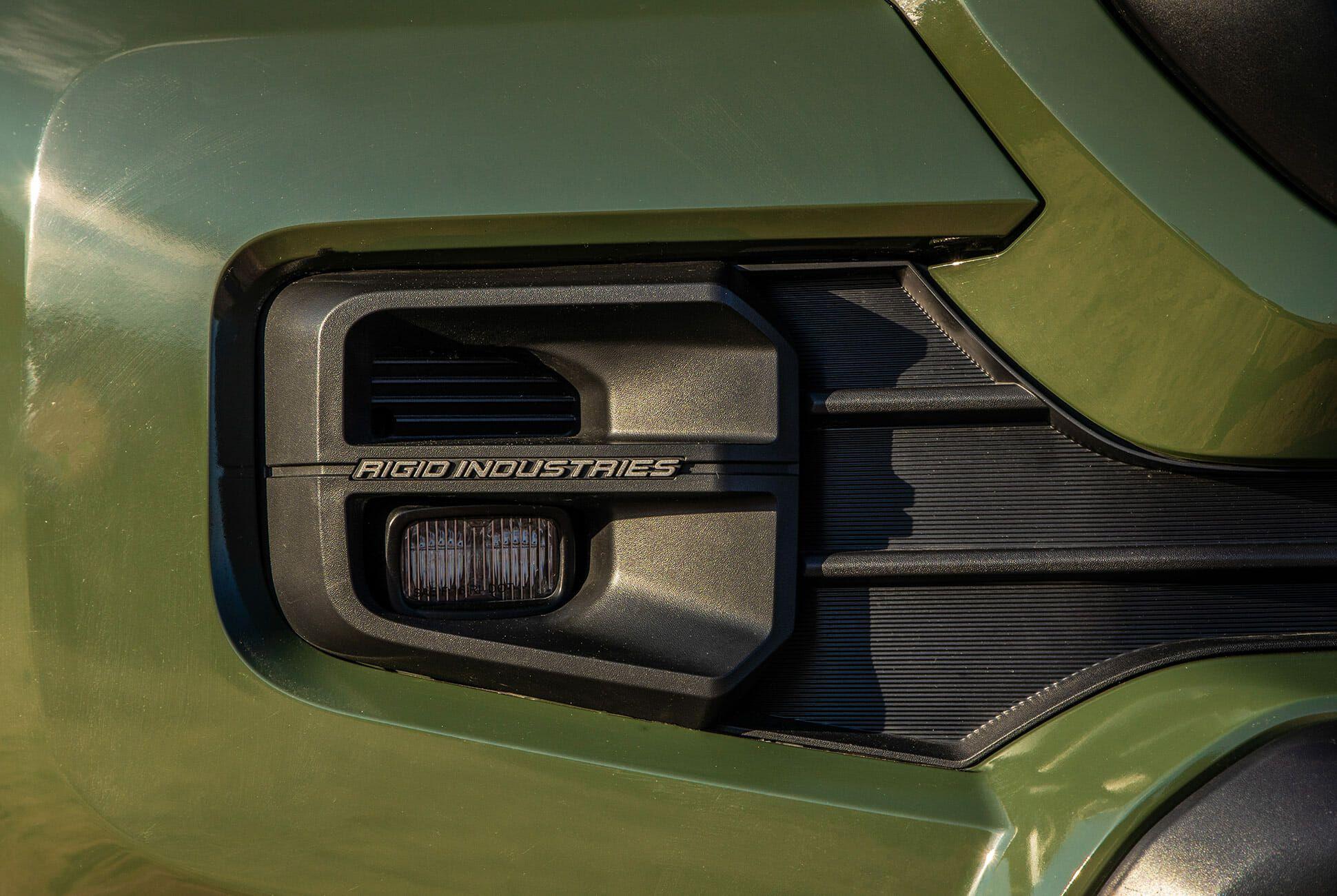 Toyota-4Runner-Tacoma-TRD-Pro-2020-gear-patrol-slide-9