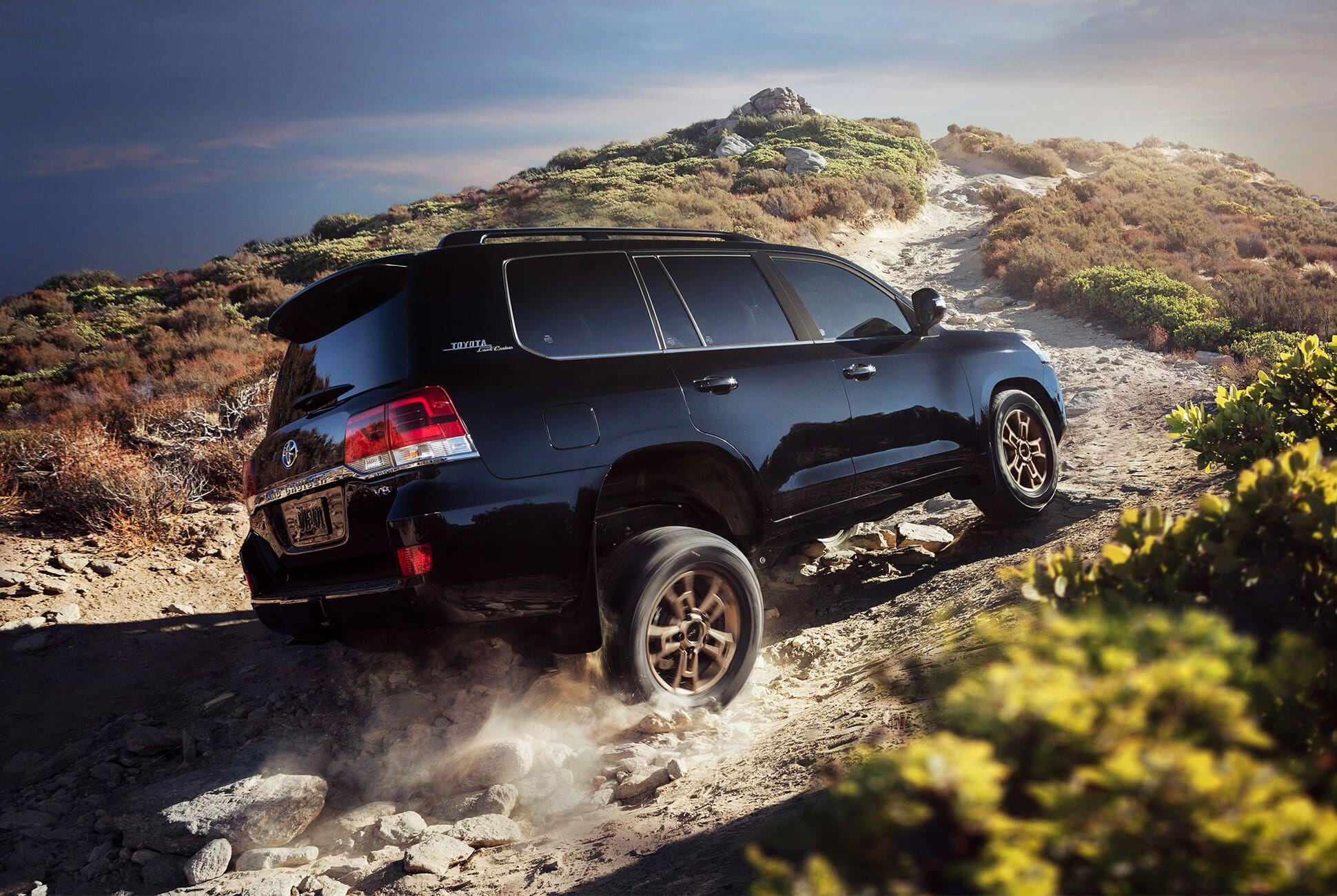 Toyota-Land-Cruiser-Heritage-Edition-gear-patrol-slide-6