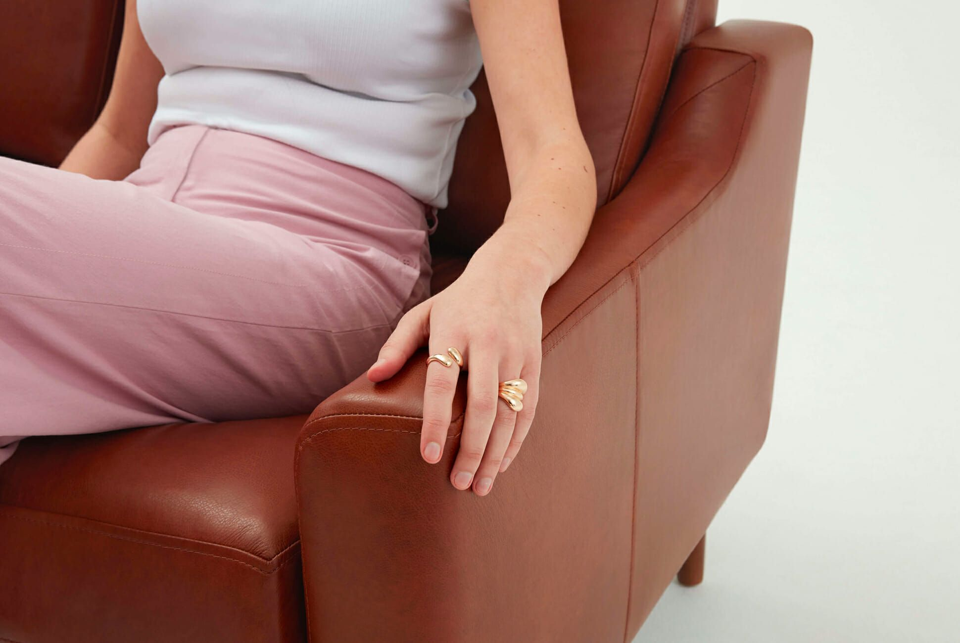 Peachy This Brand Made The Best Couch You Can Buy Online And Its Pdpeps Interior Chair Design Pdpepsorg