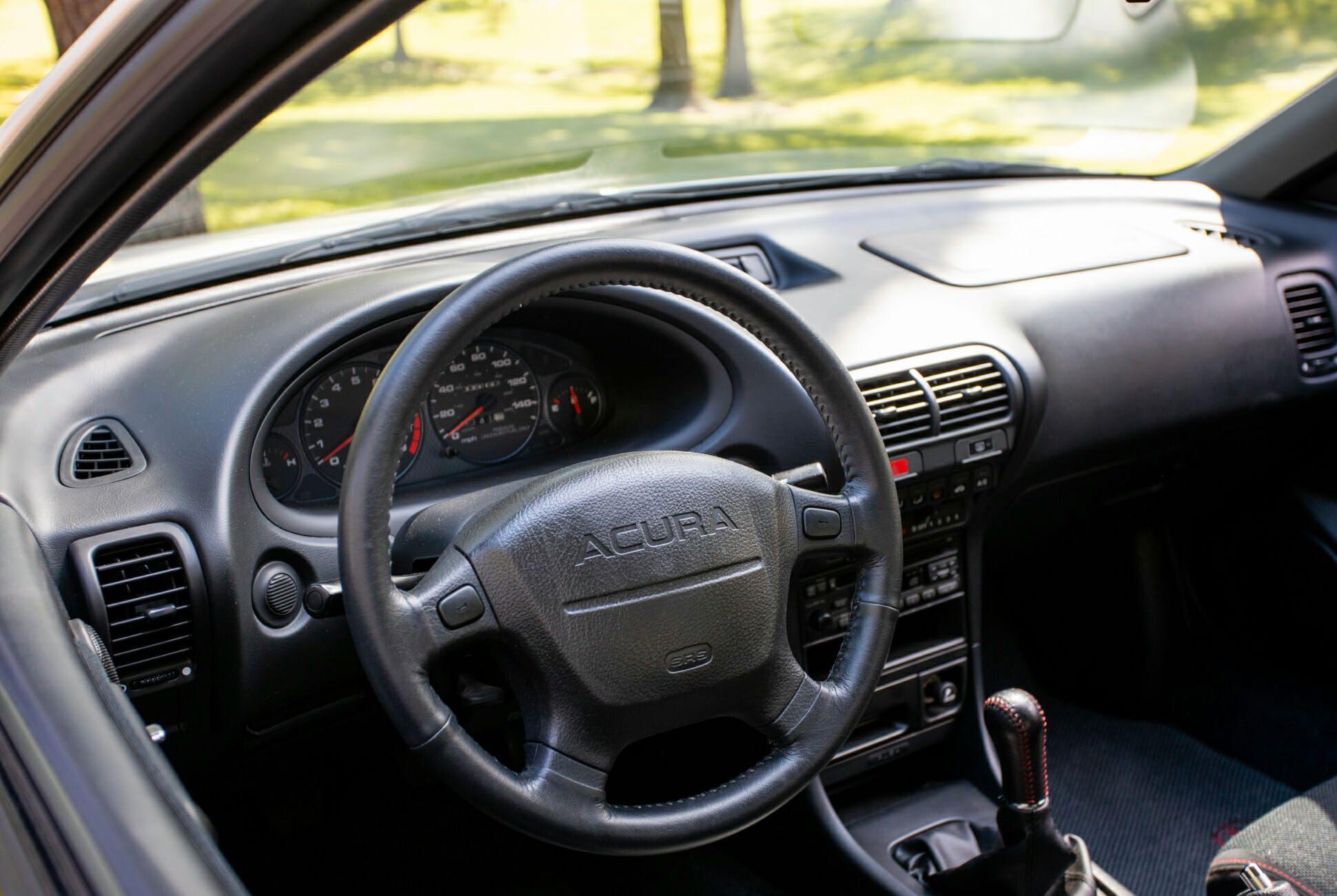 1997-Acura-Integra-gear-patrol-slide-04