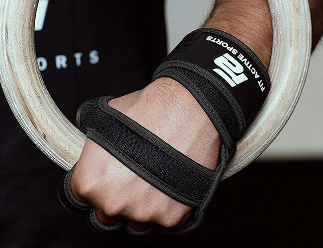 The 7 Best Workout Gloves, According to Personal Trainers