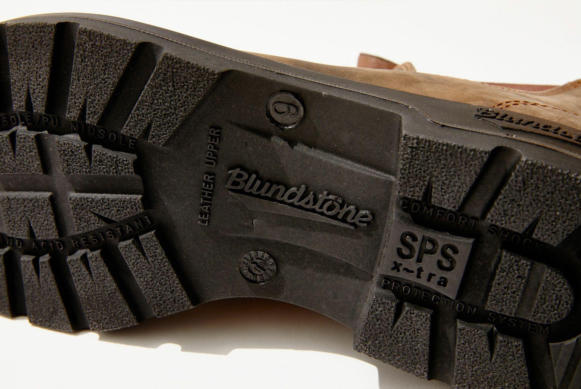 Blundstone-Weekend-Carry-Gear-Patrol-hero-product-4