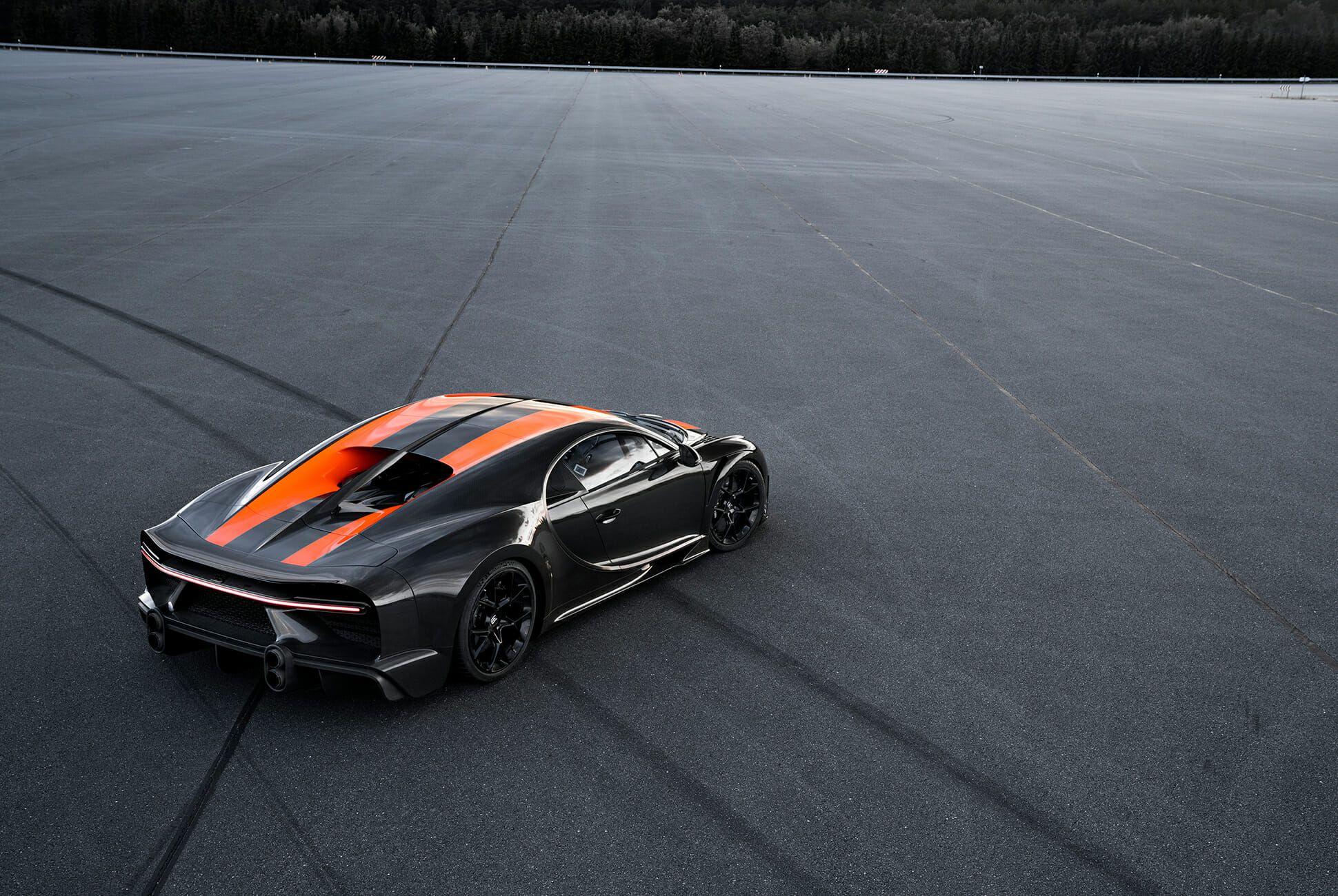 Bugatti-Chiron-gear-patrol-slide-04