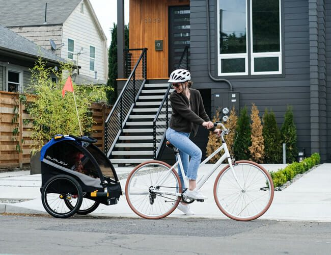 This Is the Best Bike Trailer You Can Buy Right Now
