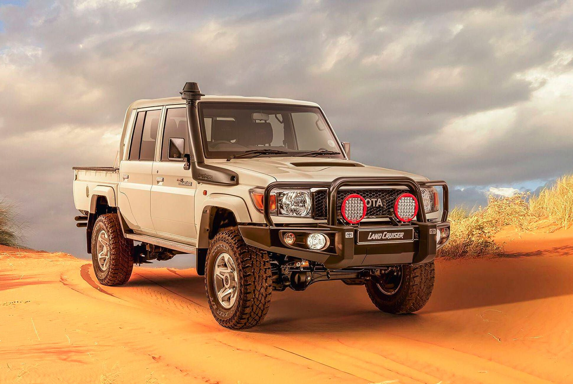 Toyota Sells An Awesome Vintage Land Cruiser Based Truck Gear Patrol