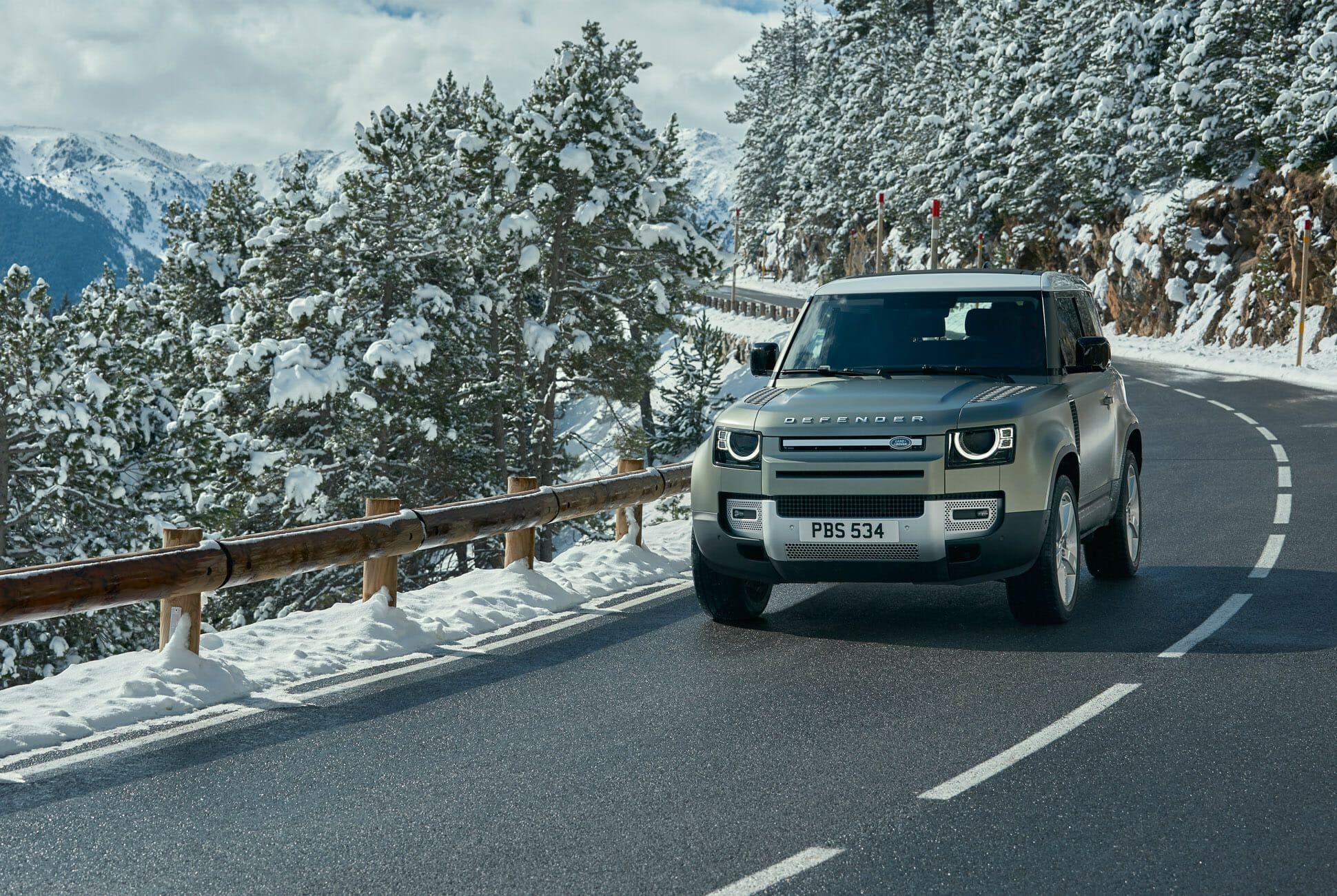 Land Rover Defender Gear Patrol-Exterior Action-Slide-06