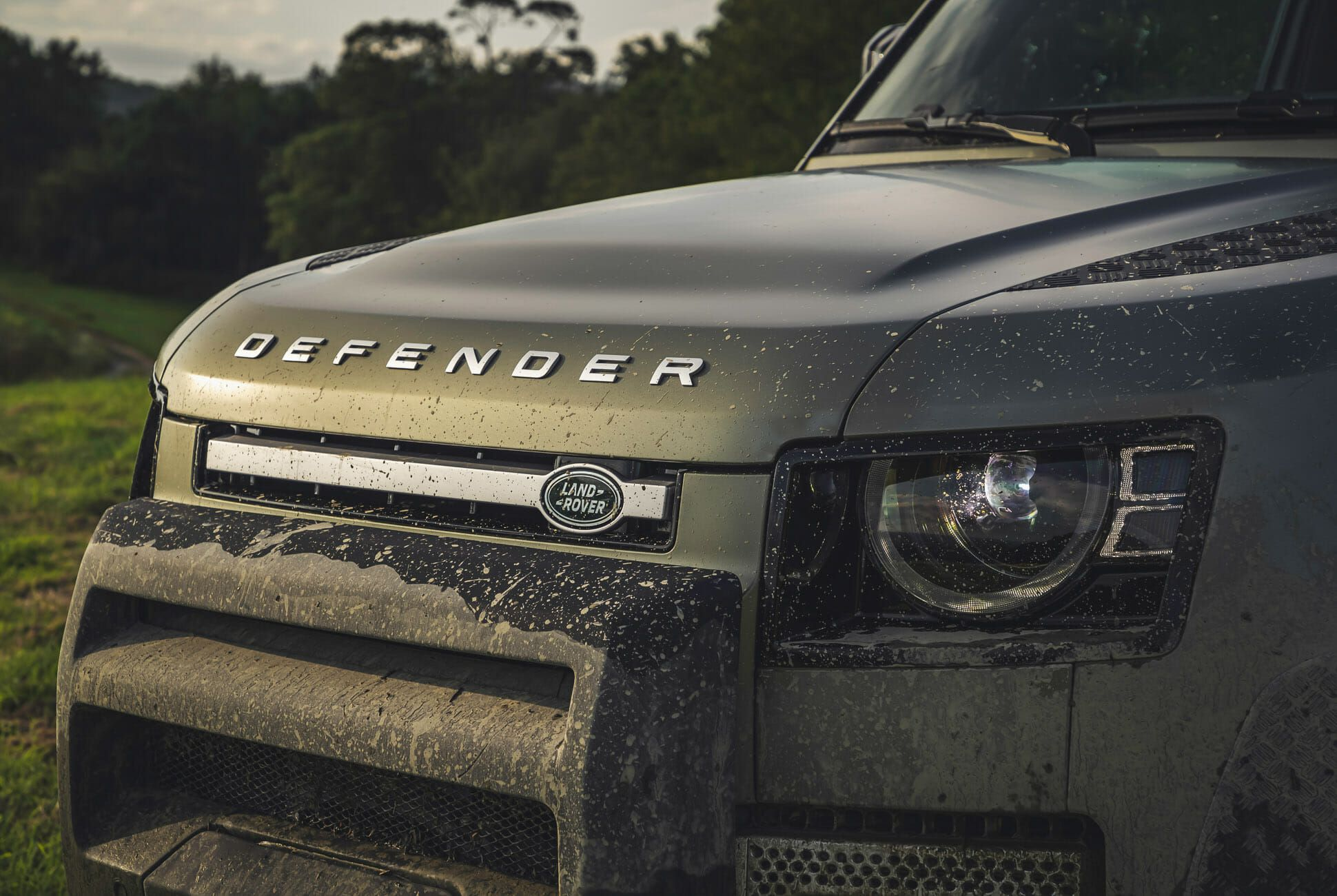Land Rover Defender Gear Patrol-Exterior Action-Slide-13