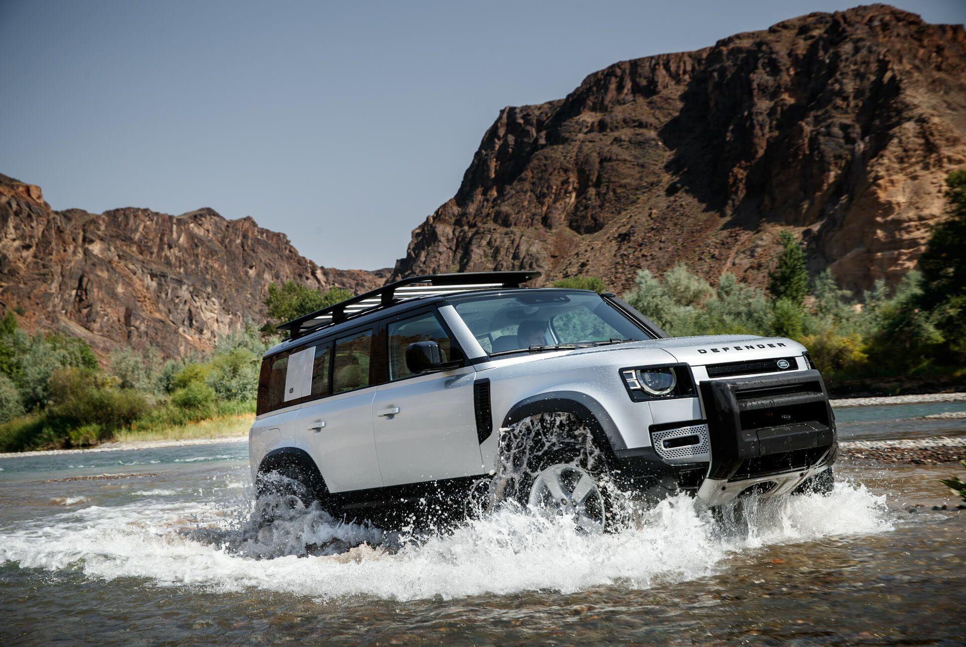 Land Rover Defender Gear Patrol-Exterior Action-Slide-20