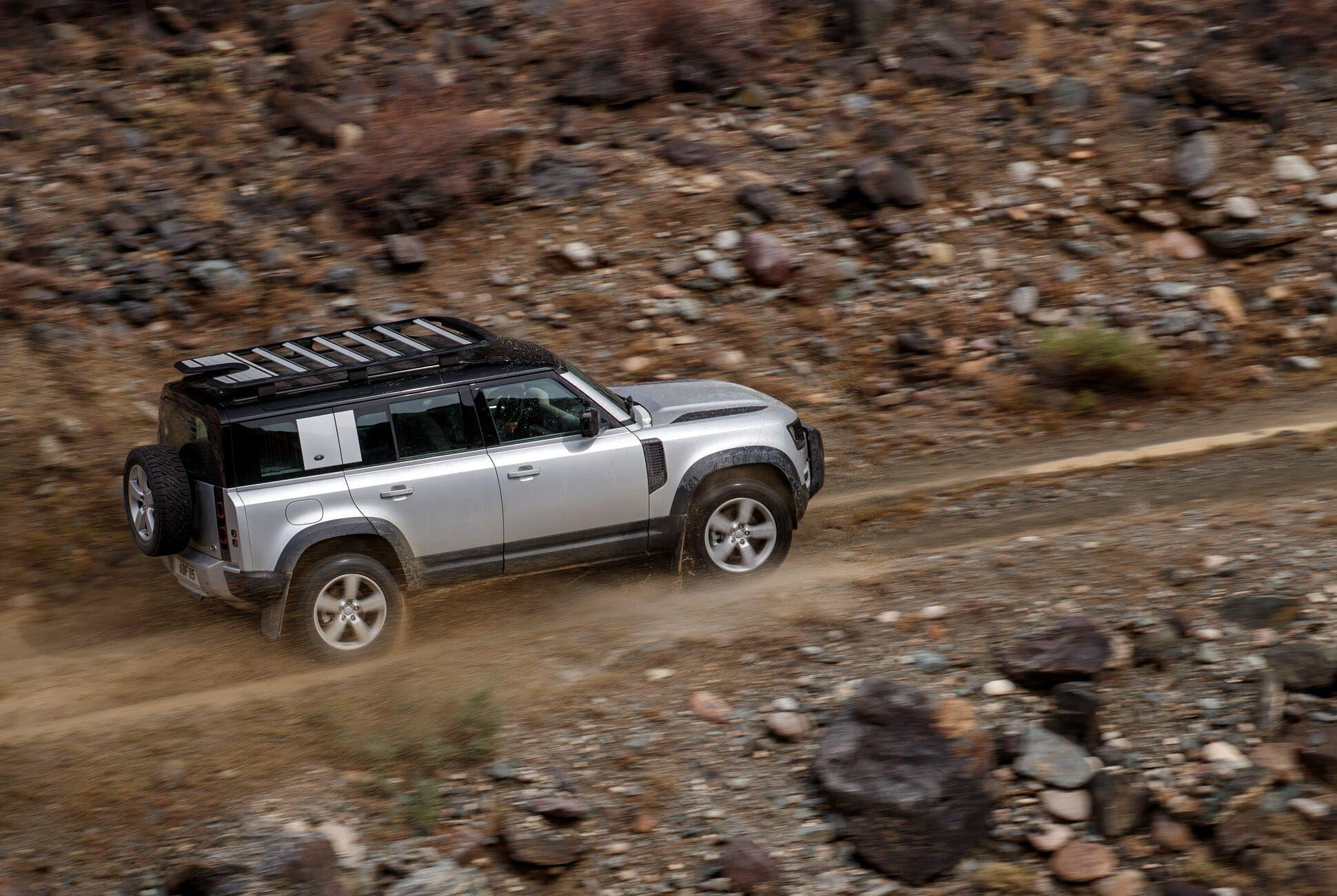 Land Rover Defender Gear Patrol-Exterior Action-Slide-23