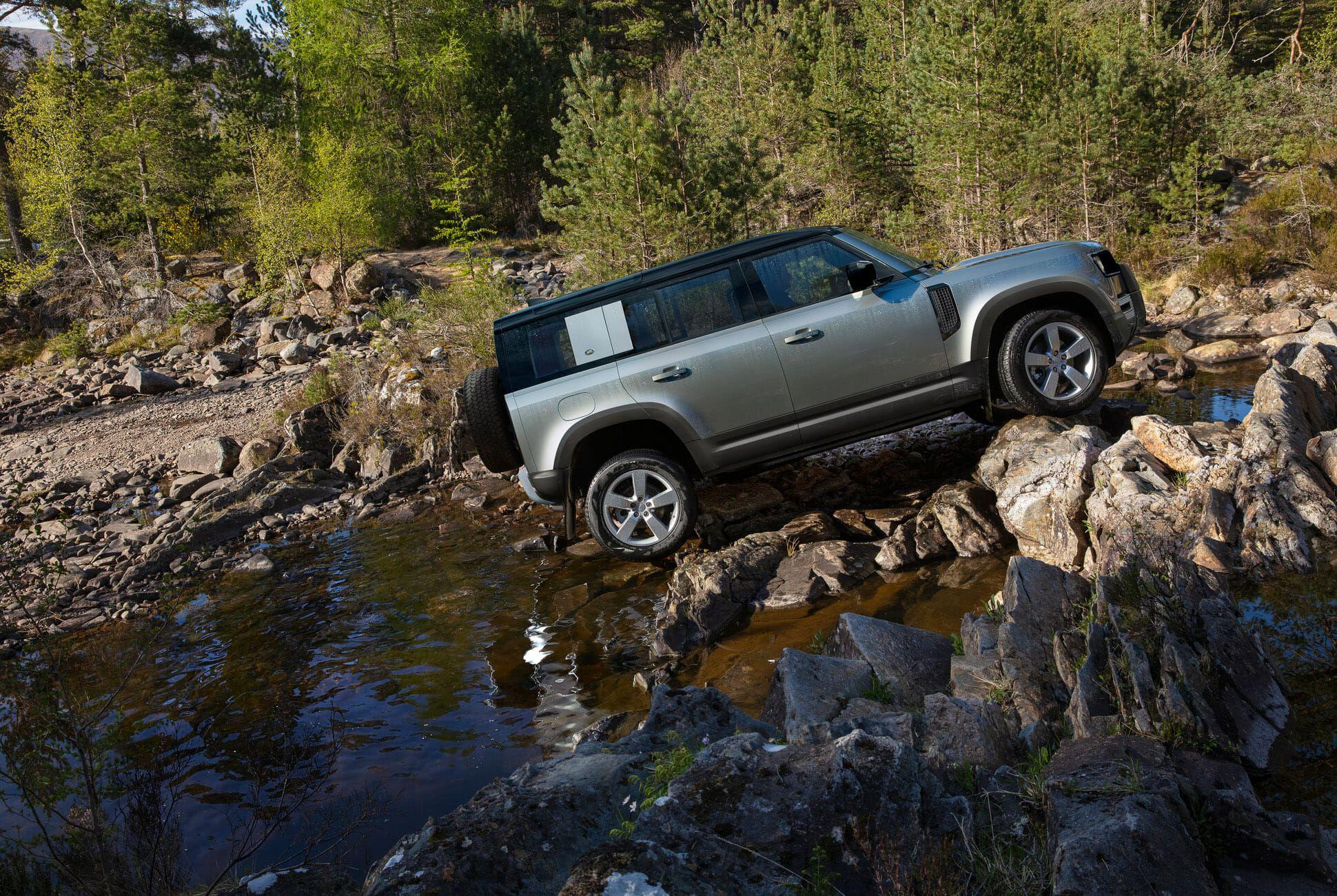 Land Rover Defender Gear Patrol-Exterior Action-Slide-25