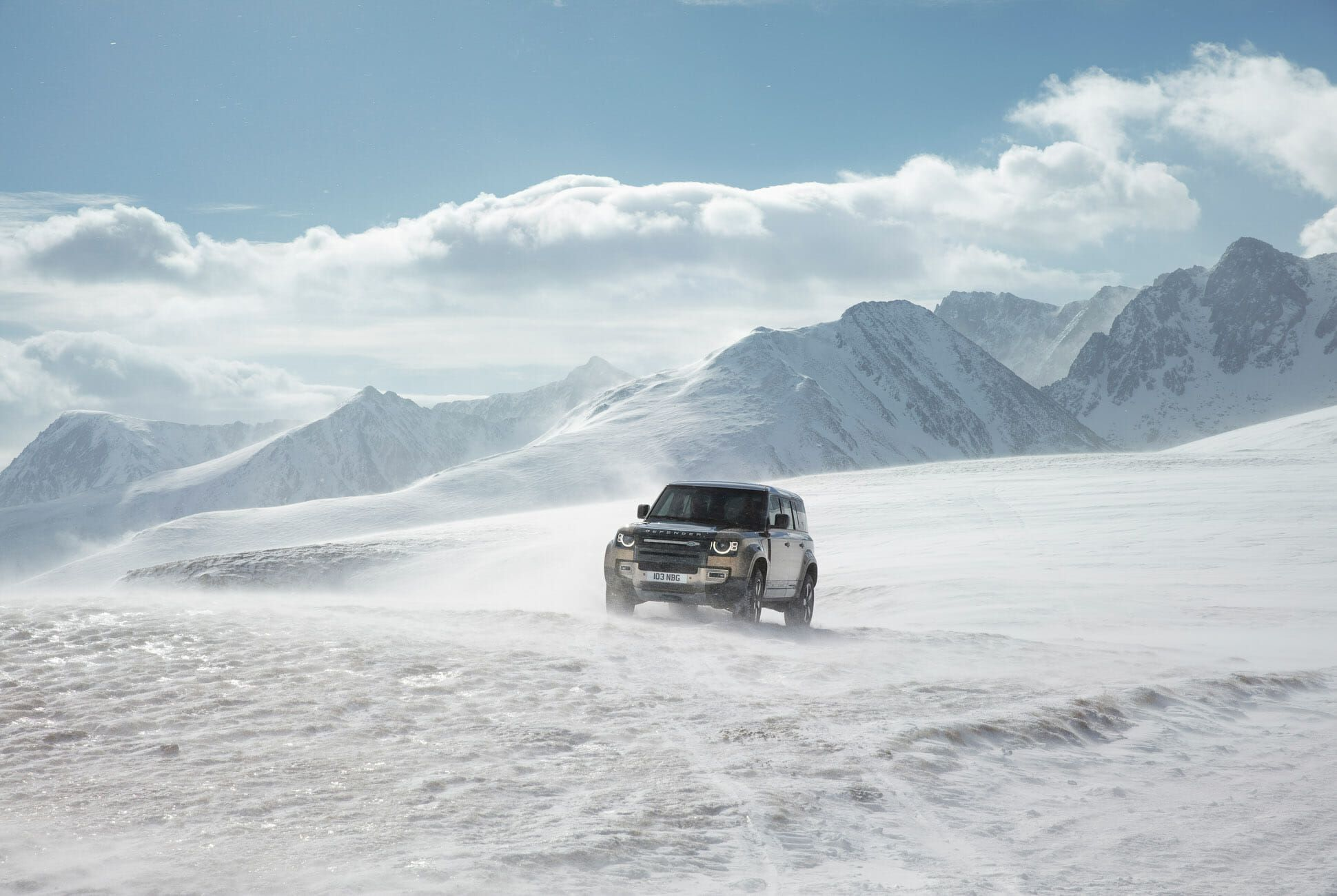 Land Rover Defender Gear Patrol-Exterior Action-Slide-26