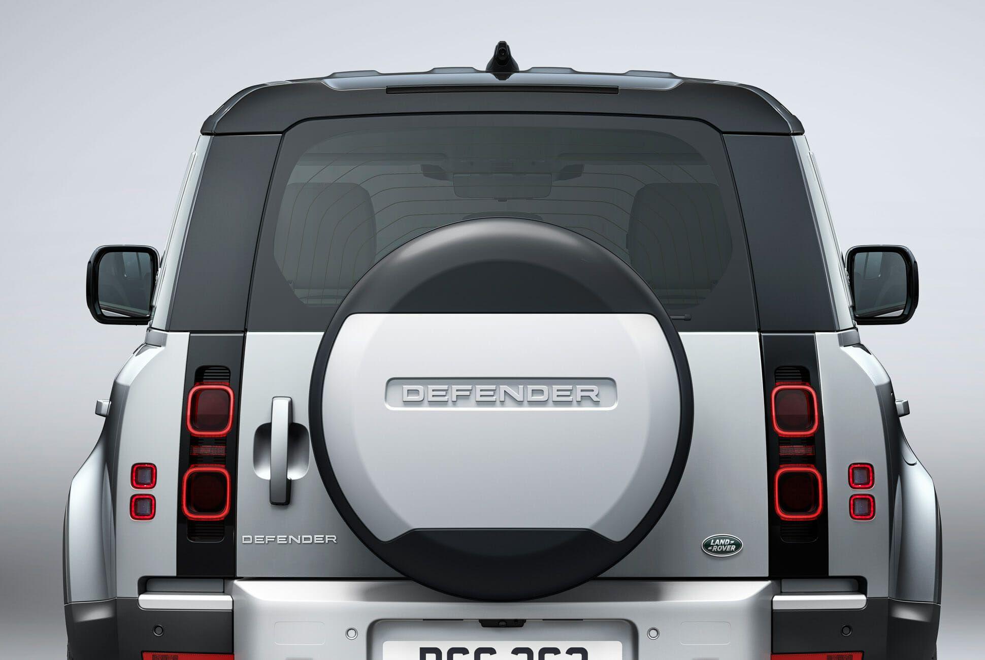 Land Rover Defender Gear Patrol-Exterior Static-Slide-02