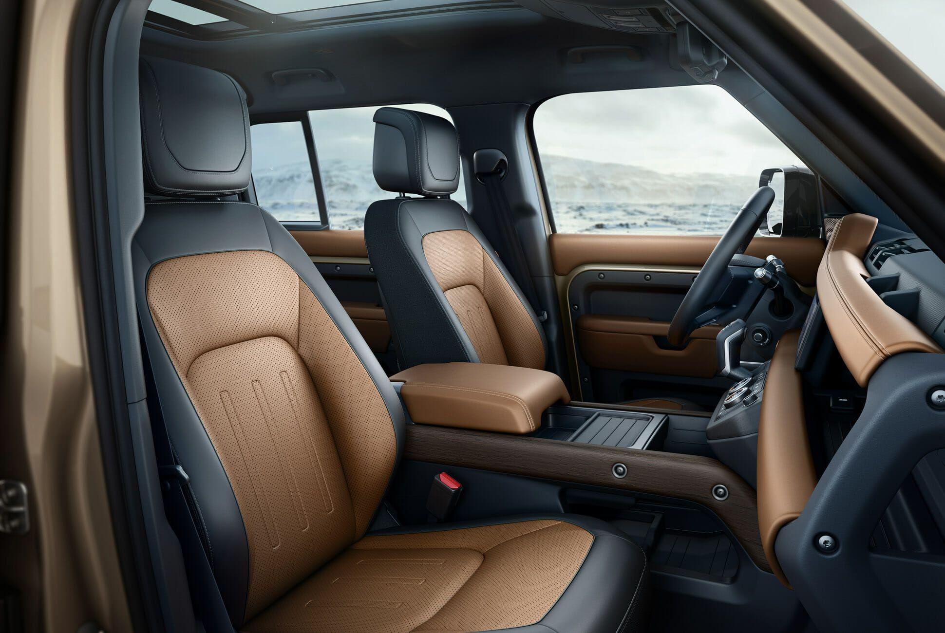 Land Rover Defender Gear Patrol-Interior-Slide-01