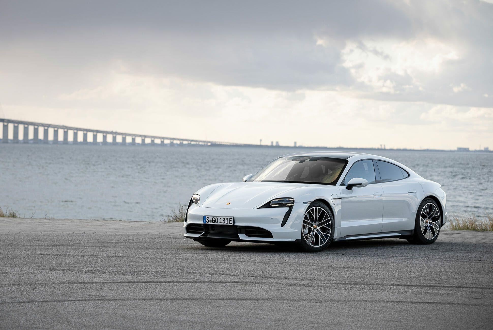 2020-Porsche-Taycan-Turbo-S-gear-patrol-lead-slide-5
