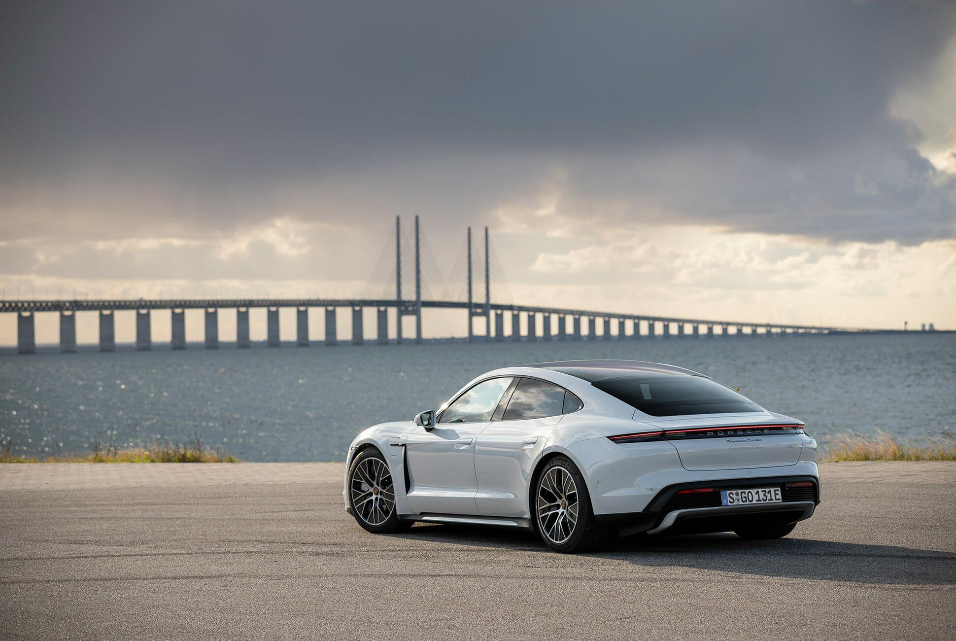2020-Porsche-Taycan-Turbo-S-gear-patrol-lead-slide-6
