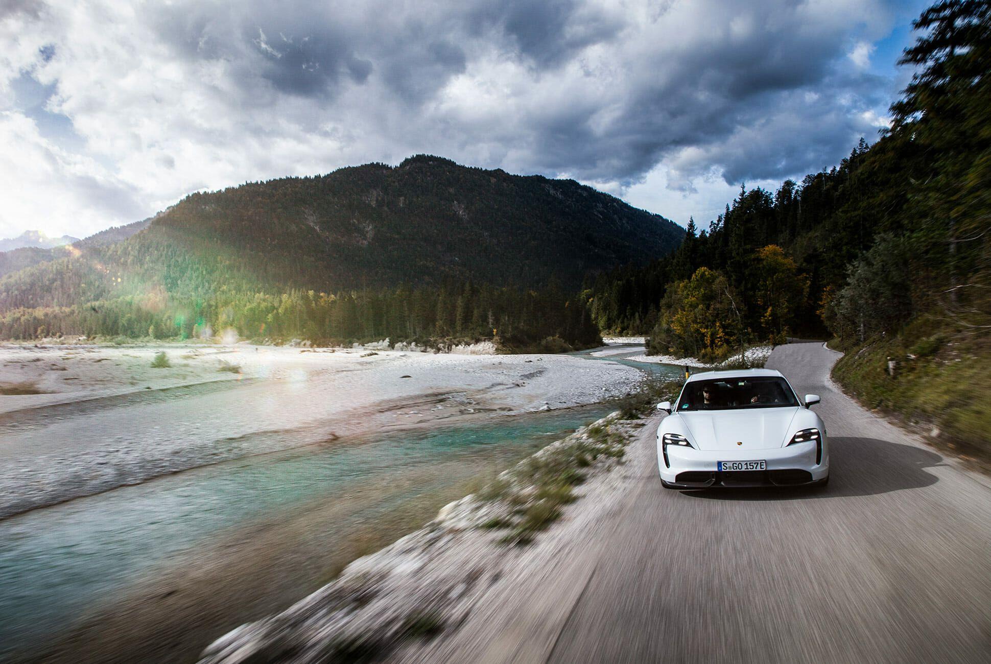 2020-Porsche-Taycan-Turbo-S-gear-patrol-lead-slide-7