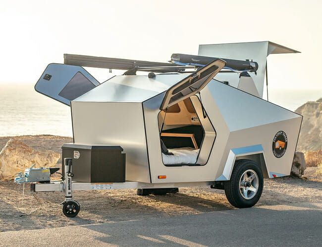 This Tiny, Overlanding-Ready Camping Trailer Will Make You Feel Like an Astronaut