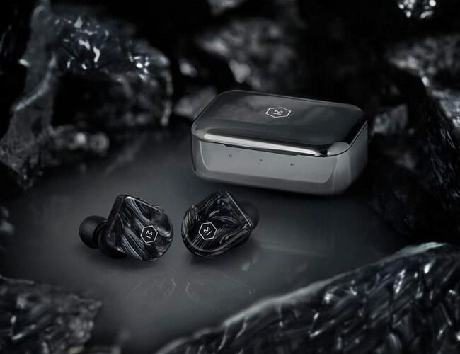 The 4 Best Noise-Canceling Wireless Earbuds of 2019