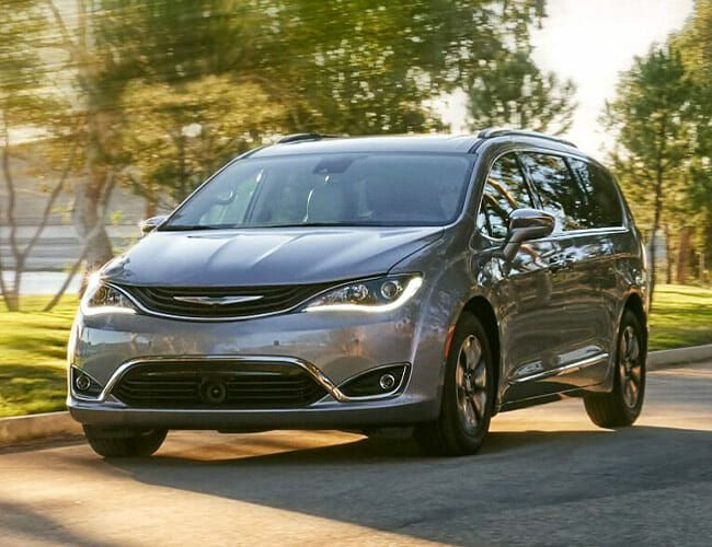 Unsure About the Ford Explorer? Buy a Chrysler Pacifica Instead