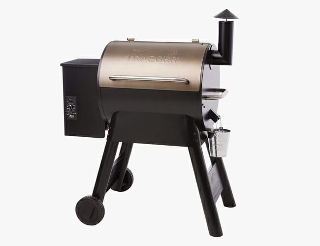 This Grill Makes a Perfect Holiday Gift (And It's on Sale) • Gear Patrol
