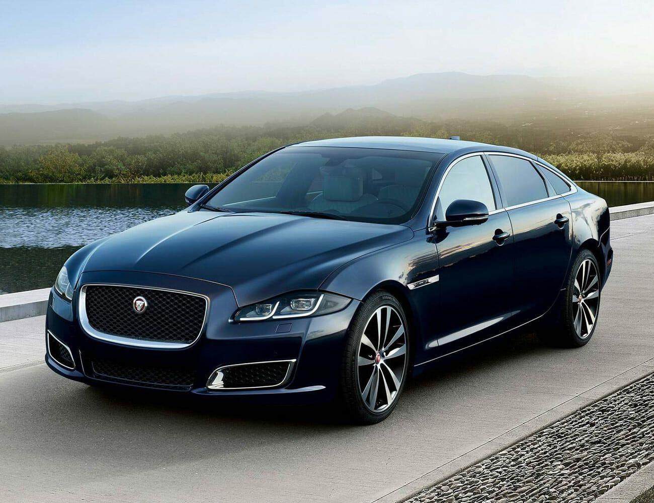 jaguar xj 2021 - car wallpaper