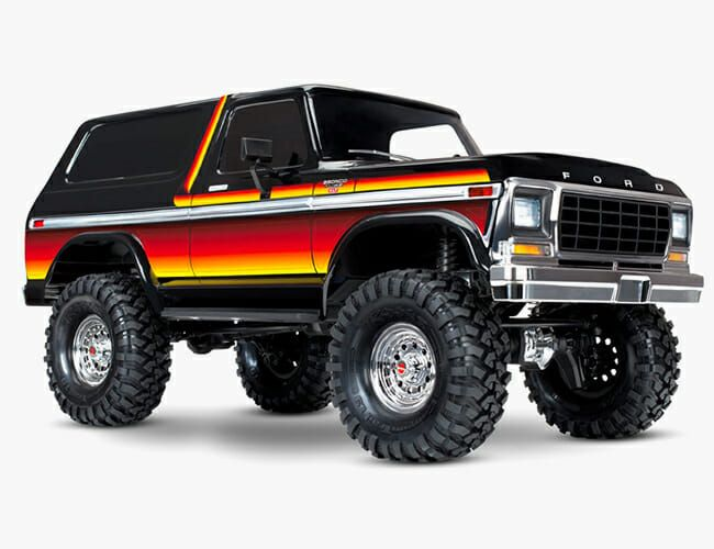 2017 Ford Bronco >> Amazon Ford Team Up To Create An Official Bronco Store