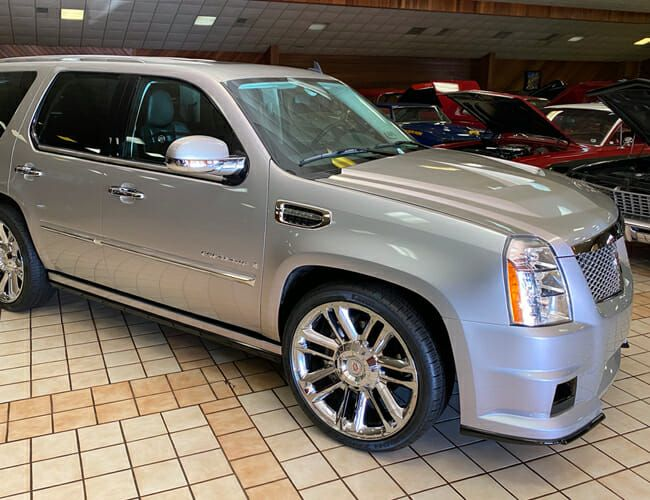This Is as Close to a Cadillac Escalade-V as GM Ever Made—And You Can Buy It