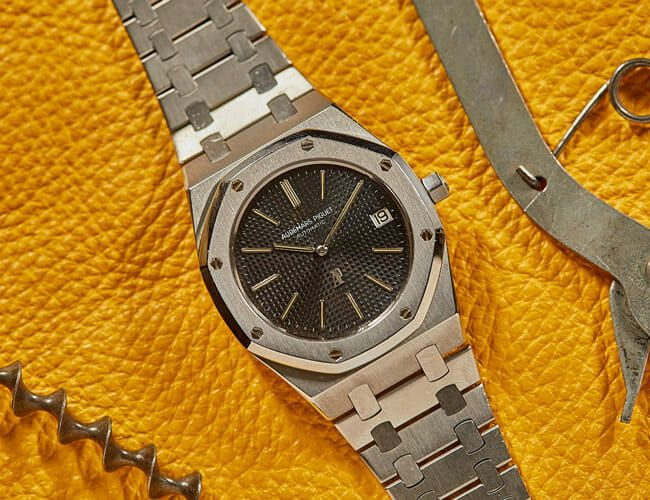A Killer 1973 Royal Oak and More Finds from the Vintage Watch Market