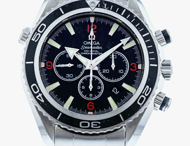 Save Big on Pre-Owned Luxury Watches for Valentines Day