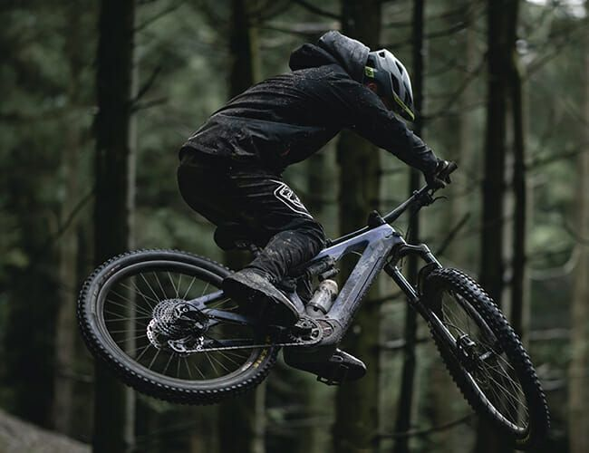 One of the Best E-Mountain Bikes Just Got Even Better